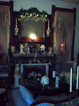 Victorian Living room at Christmas